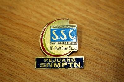 Pin Bros pemberian Mbak Ika SSC