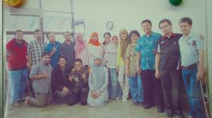 pak wirawan dan anggota lab B304 2013